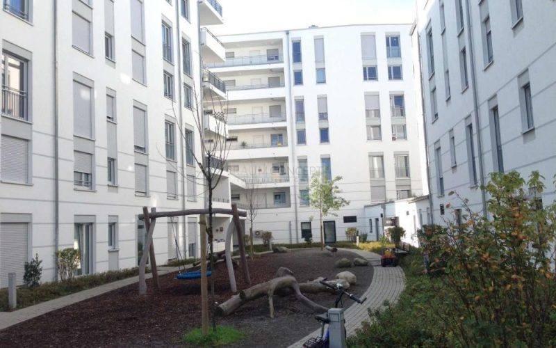 01_Ansicht_Spielplatz_Innenhof